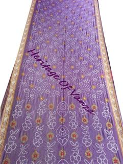 Bandhani saree in Gadhwal Silk 4