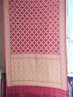 Bandhani saree in Gadhwal Silk 30